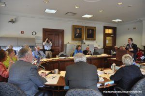 LD 653 lead sponsor Sen. Eric Brakey (R-Androscoggin) discusses bill with CJPS committee